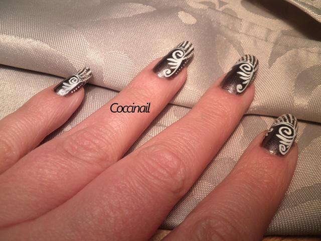 Nail art baroque