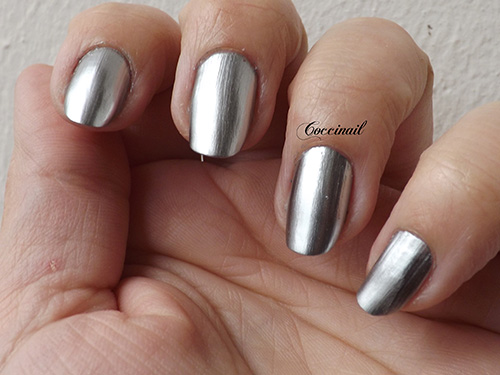 Metal chrome Layla mirror effect