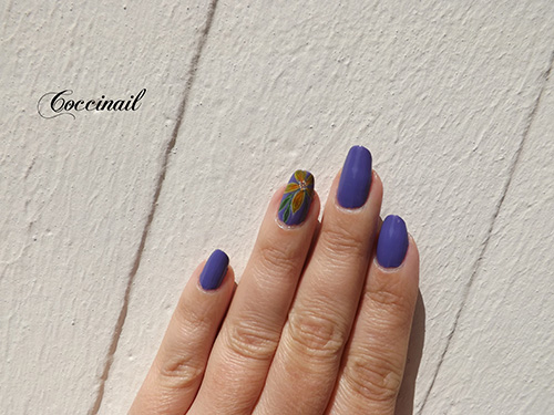 Nail art fleur aquarelle