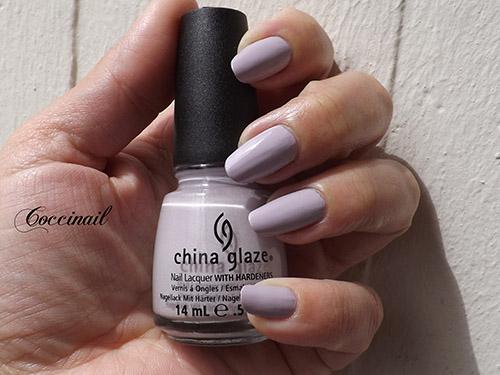 Light as air - China Glaze