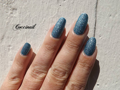 Tiffany Case - OPI 2013 The Bond Girls collection (2/4)