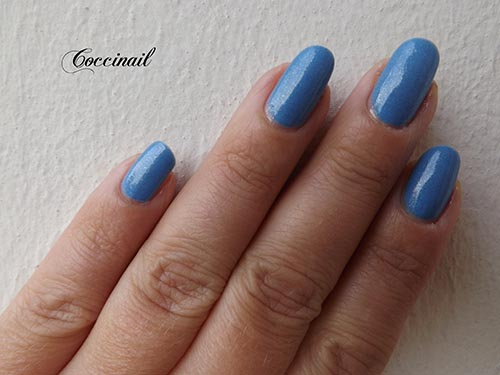 Essence  - Goofy blue