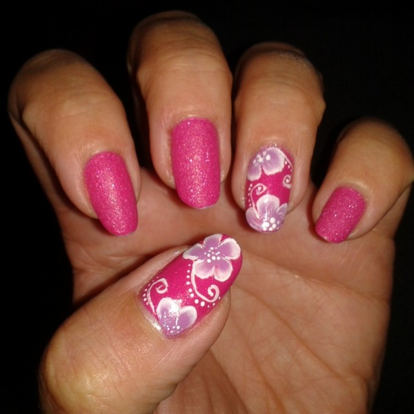 accent nail fleurs one stroke