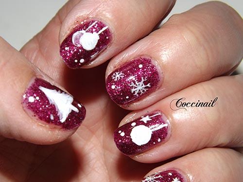 Neige et boules de Noël