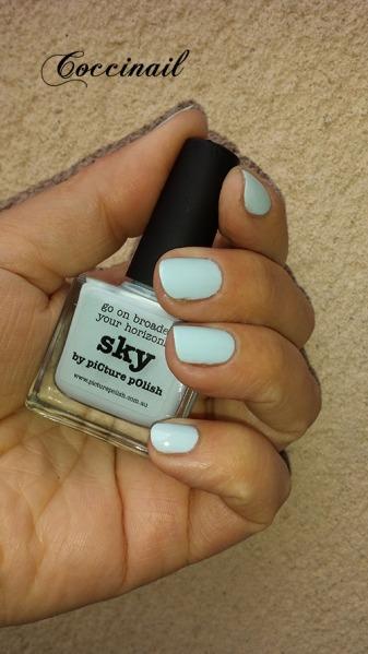Sky - Picture Polish -- Pshiiit boutique