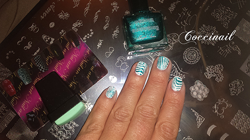 nail art stamping zebre - Ongle amor